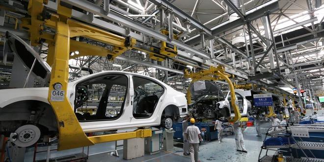 المصانع اليابانية، طلبات الماكينات، الين