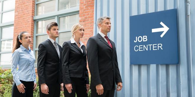 معدل التوظيف، كندا، الدولار الكندي