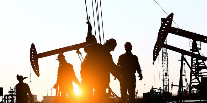 أسعار النفط، مزيج برنت، الإنتاج الأمريكي