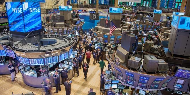 الأسهم العالمية، الدولار، وول ستريت
