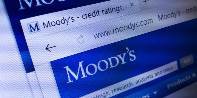 مؤسسة موديز تتنبأ باستمرارية الوضع الحرج الذي يعاني منه الاقتصاد العالمي!