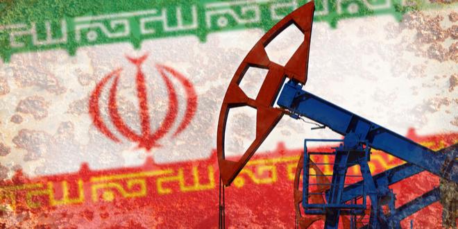 مسئول إيراني: صادرات إيران من النفط بلغت 700 ألف برميل منذ مارس