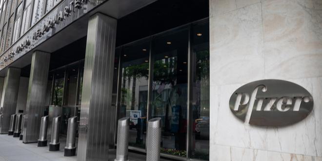 تصريحات شركة فايزر بشأن لقاح كوفيد-19 تحدث ضجة في أسواق المال