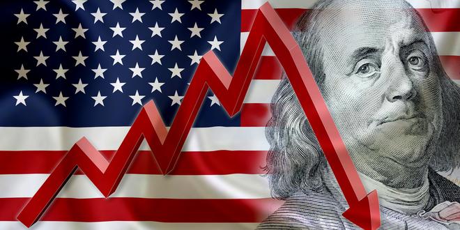 ما هو السبب وراء هبوط الدولار لأدنى مستوياته في عشرة أسابيع؟