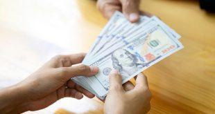 الدولار الأمريكي يتخلى عن مستوياته المرتفعة عند 91.00